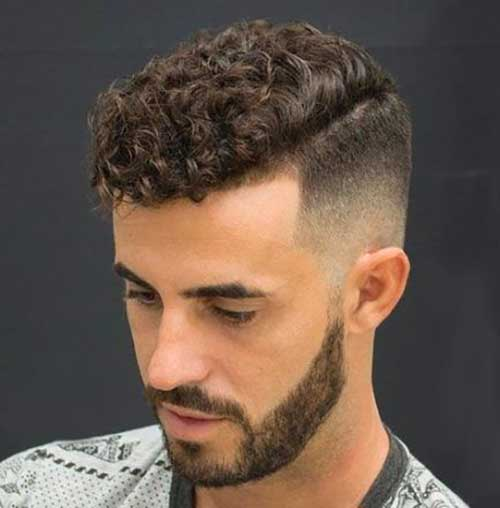 Best Short Sides Haircuts for Men with Curly Hair-6