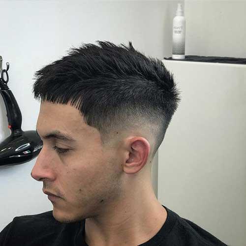 Spiky Kurze Haarschnitte für Männer-8